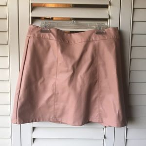 "Beautiful Creamy Pink ""Leather"" Mini Skirt 👛"